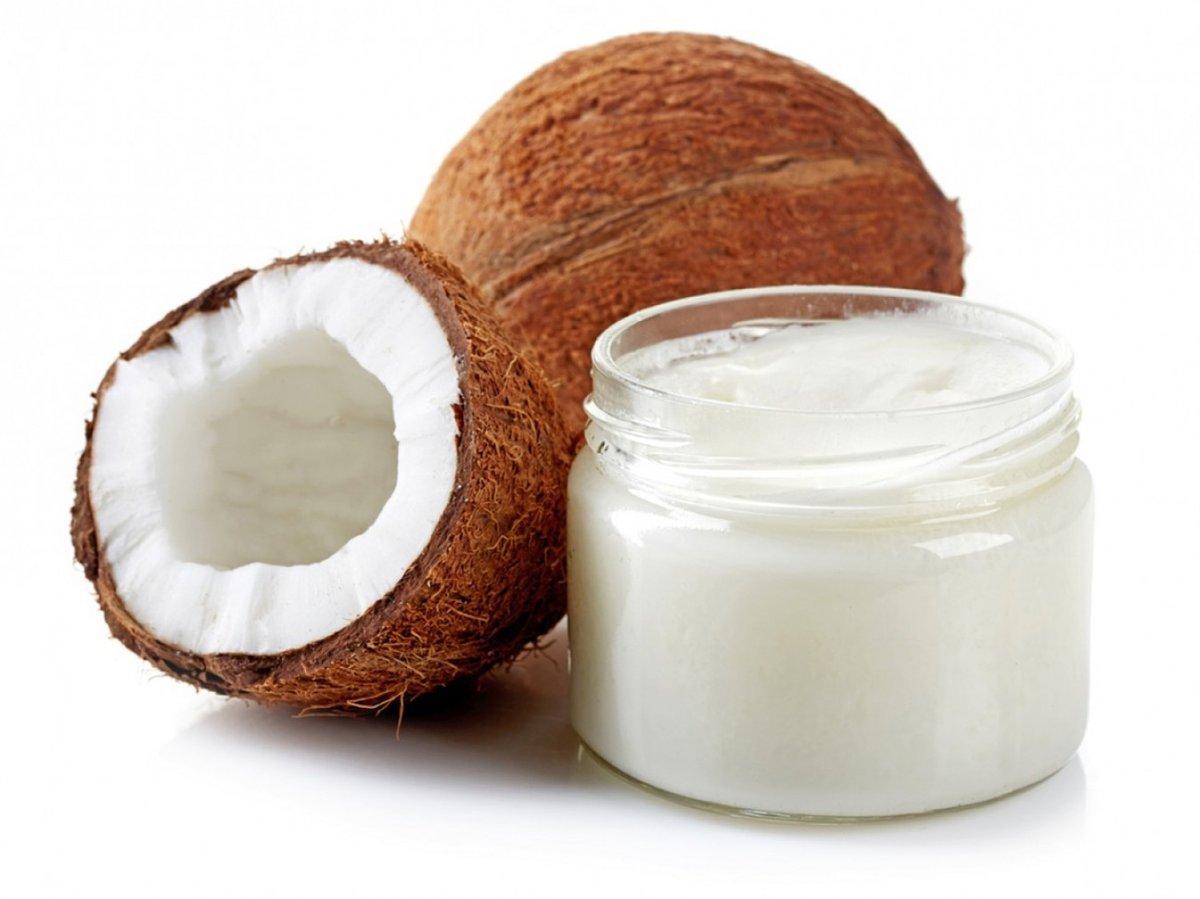 Можно ли мазать лицо кокосовым маслом