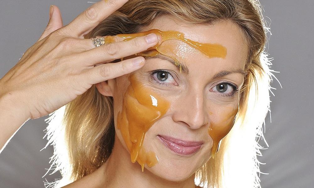 Маска для лица с медом: 5 рецептов и 6 лучших средств